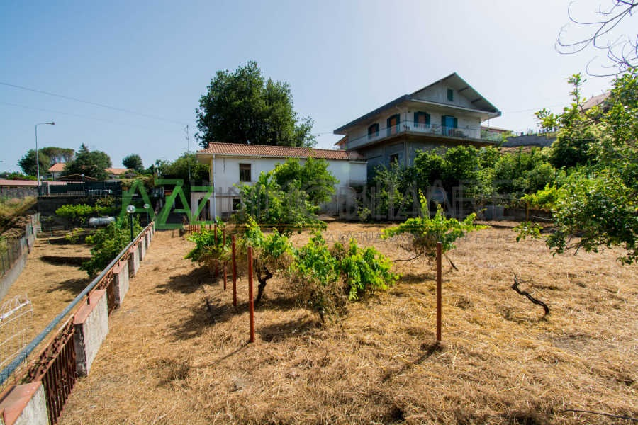 villa singola Zafferana